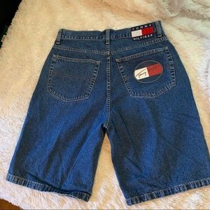 Vintage High Rise Tommy Hilfiger Shorts
